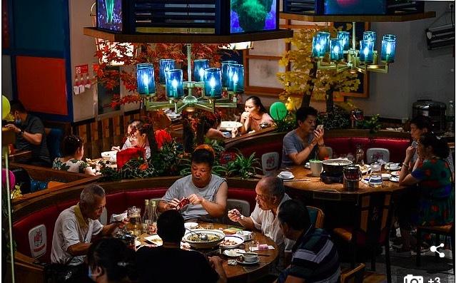 Đi xem mặt nhưng dẫn theo... 23 người ăn ké, cô gái khiến dân mạng xứ Trung dậy sóng - Ảnh 2.