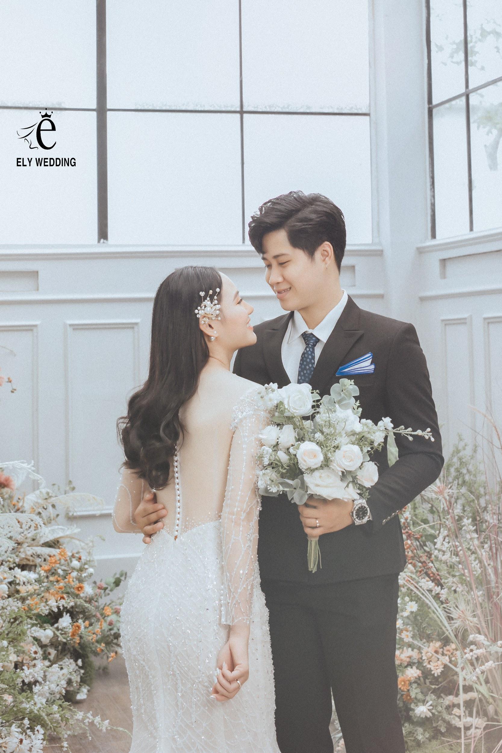 Bộ ảnh cưới siêu hot của Kiếm thủ Lê Minh Hằng - Em gái quốc dân làng thể thao Việt Nam - Ảnh 1.