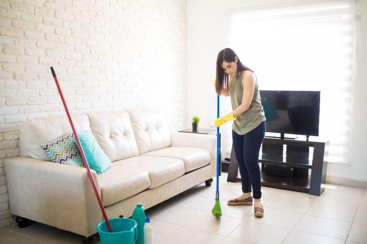 Bí quyết giúp nhà gọn gàng, sạch sẽ chỉ trong vài phút khi khách đến chơi đột xuất - Ảnh 7.
