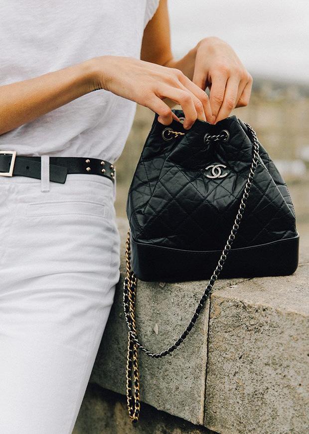 Trước khi bị bóc phốt, Irene từng được khen hết lời khi mua hẳn túi Chanel trăm triệu tặng stylist - Ảnh 3.