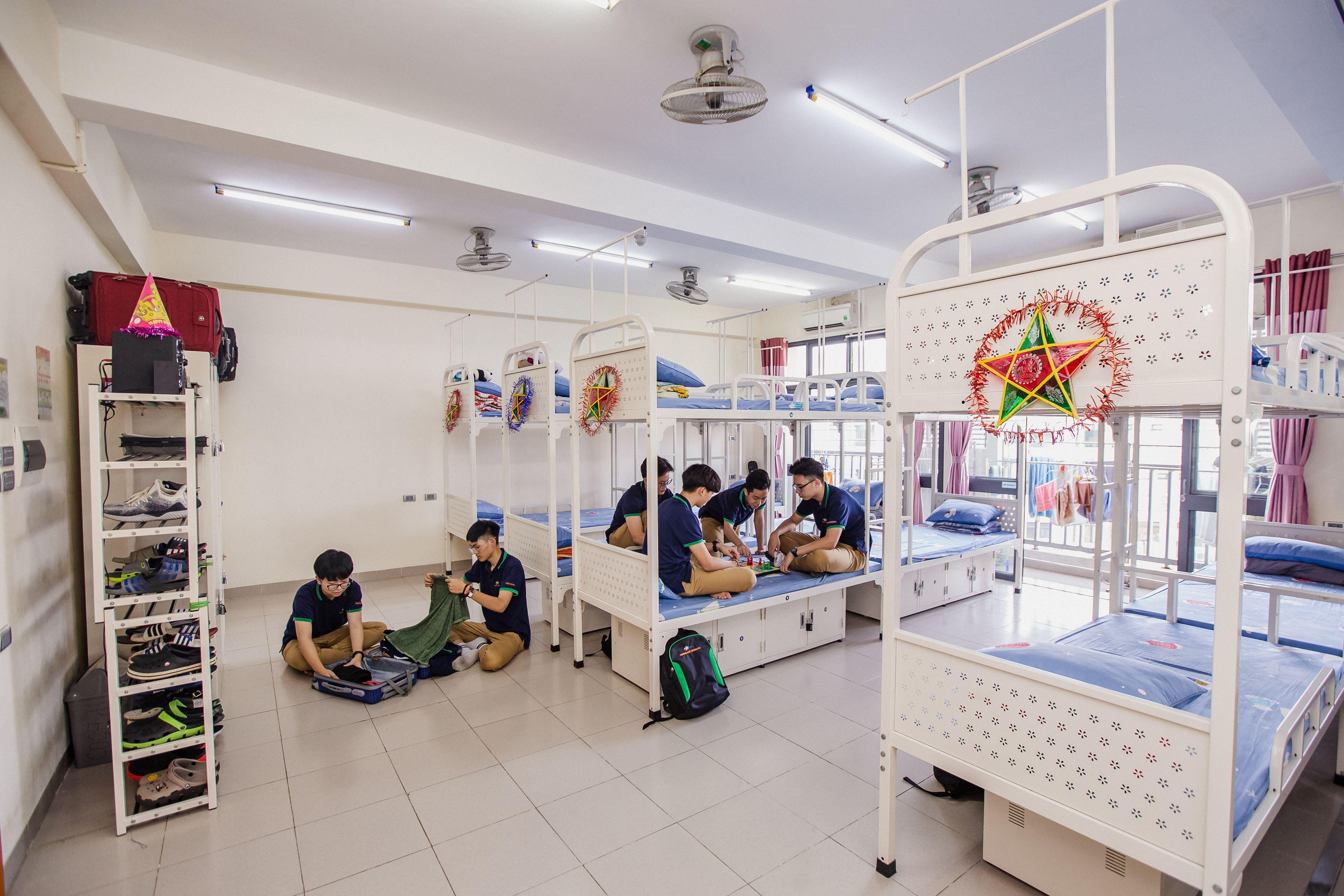 Những ngôi trường nội trú giữa lòng Hà Nội khiến nhiều phụ huynh phấn khích muốn đưa con vào học ngay lập tức - Ảnh 12.