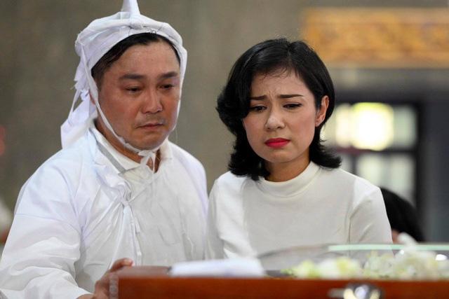 Diễn viên Lý Hùng tiết lộ 2 tâm nguyện dang dở của NSND Lý Huỳnh, Việt Trinh cùng dàn sao Việt xót thương - Ảnh 4.