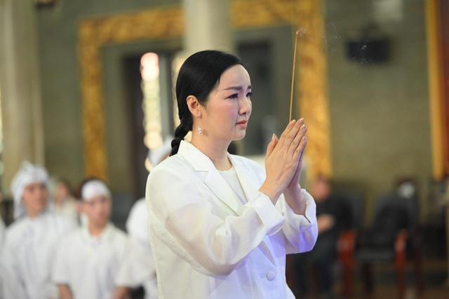 Diễn viên Lý Hùng tiết lộ 2 tâm nguyện dang dở của NSND Lý Huỳnh, Việt Trinh cùng dàn sao Việt xót thương - Ảnh 6.