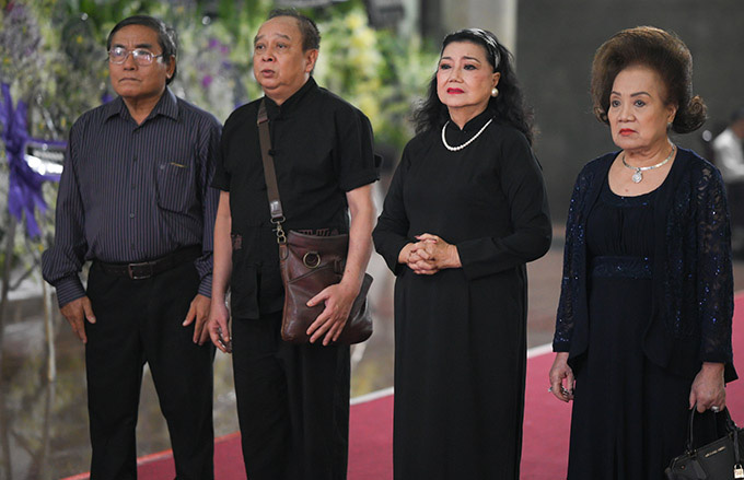 Diễn viên Lý Hùng tiết lộ 2 tâm nguyện dang dở của NSND Lý Huỳnh, Việt Trinh cùng dàn sao Việt xót thương - Ảnh 8.