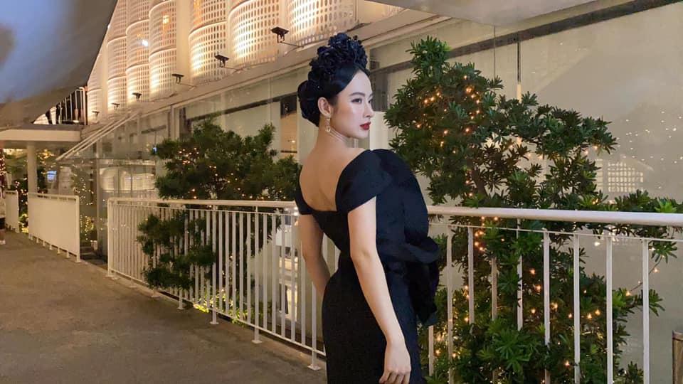 """Đến ảnh chụp vội, Angela Phương Trinh cũng vẫn toát lên thần thái của một """"nữ hoàng thảm đỏ"""" - Ảnh 3."""