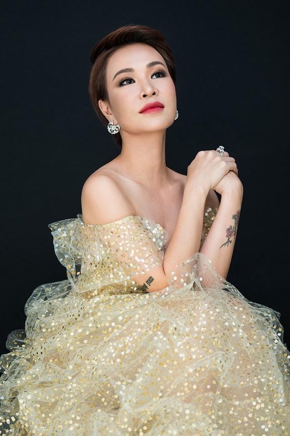 """Làn sóng xanh cùng Sát cánh gia đình Việt tổ chức đêm nhạc """"Việt Nam tử tế"""" hướng về miền Trung - Ảnh 4."""
