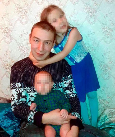 Hai vợ chồng người Nga tử vong sau khi ăn kim chi tự làm, ba ngày sau con gái 5 tuổi trả lời điện thoại: Cả mặt bố đều chuyển sang màu đen - Ảnh 1.