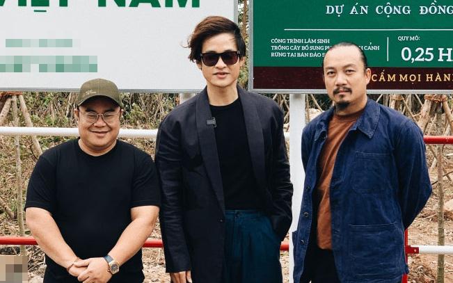 """Giúp phòng tránh lũ, Hà Anh Tuấn xắn tay áo trồng 1.800 cây  trong dự án """"Rừng Việt Nam"""""""