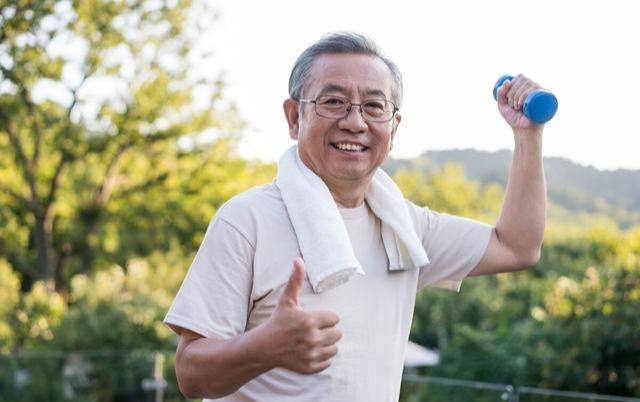 Mắc bệnh ung thư 20 năm, Viện sĩ 80 tuổi đến nay vẫn chưa bị tái phát bệnh, bí quyết của ông nằm ở 3 việc không tốn một xu - Ảnh 3.