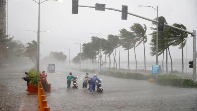 Mới: 1 tỉnh quyết định cho học sinh các cấp nghỉ học 2 ngày để phòng tránh bão số 9 - Ảnh 1.
