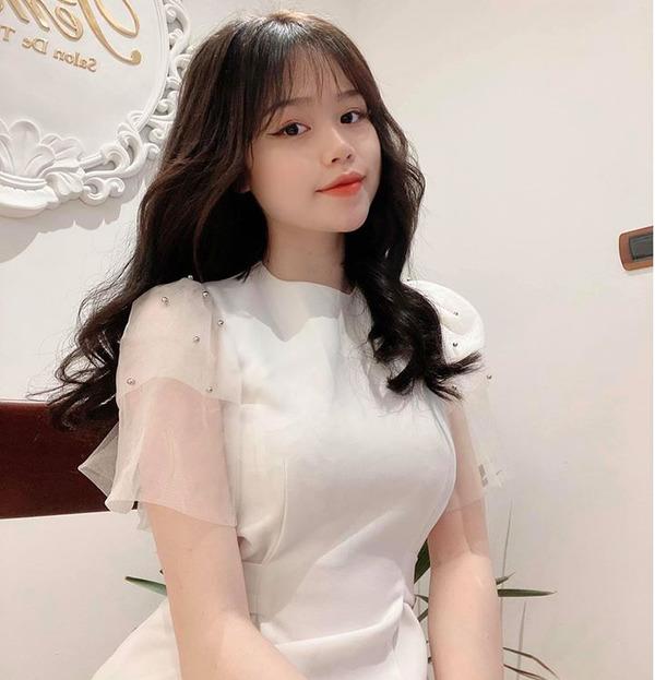 """Khoe mua nhà ở tuổi 21, bạn gái Quang Hải vẫn bị hoài nghi về khả năng tài chính: """"Rốt cuộc làm nghề gì mà 21 tuổi đã mua nhà?"""" - Ảnh 3."""