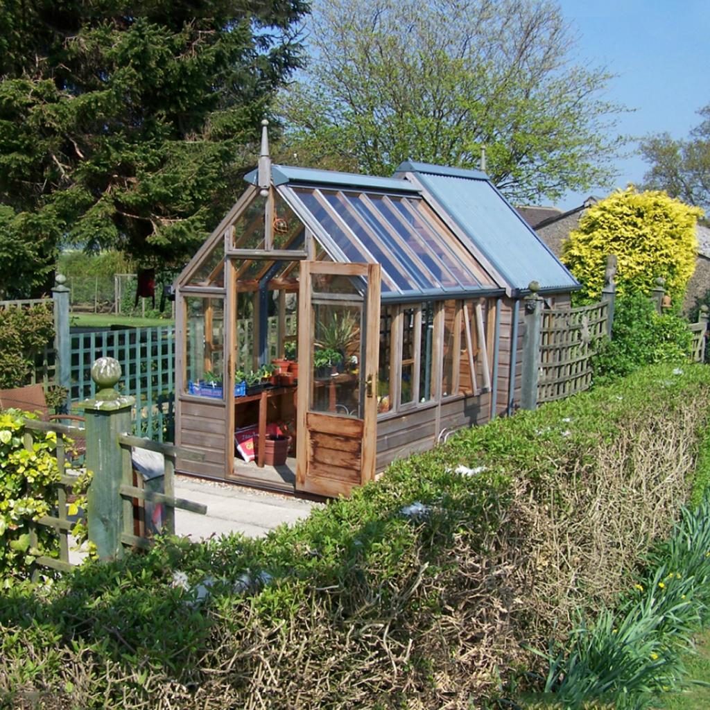 Ý tưởng dựng nhà kính trồng rau trong vườn, vừa có rau ăn vừa trang trí vườn đẹp như cổ tích - Ảnh 17.