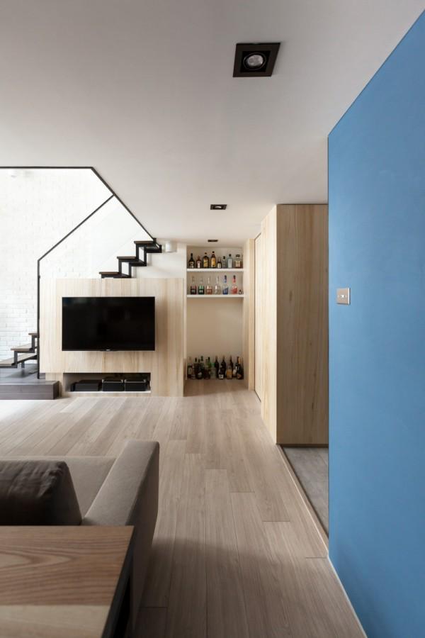 Kiến trúc sư tư vấn thiết kế hợp lý mẫu nhà ống 2 tầng diện tích nhỏ, đầy đủ tiện nghi cho gia đình 3 người với chi phí gần 200 triệu đồng - Ảnh 5.