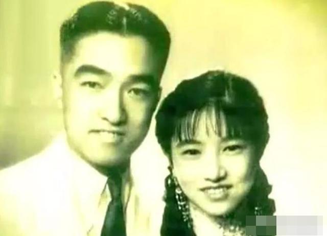 Sau khi cưới người giàu bậc nhất Thượng Hải bằng hôn lễ xa hoa, tiểu thư gặp biến cố phải bán hàng đường phố và cùng chồng xây dựng đế chế kinh doanh trị giá hàng trăm triệu đô - Ảnh 4.