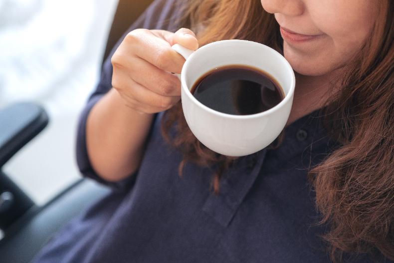 Uống cà phê đúng cách để giảm cân hiệu quả, đánh bay mỡ bụng dưới của nàng công sở - Ảnh 2.