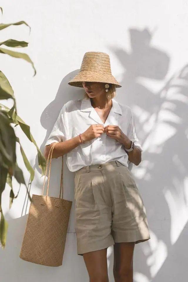 Sơ mi trắng – item kinh điển nhưng muốn mặc đẹp thì không phải nàng công sở nào cũng biết - Ảnh 1.