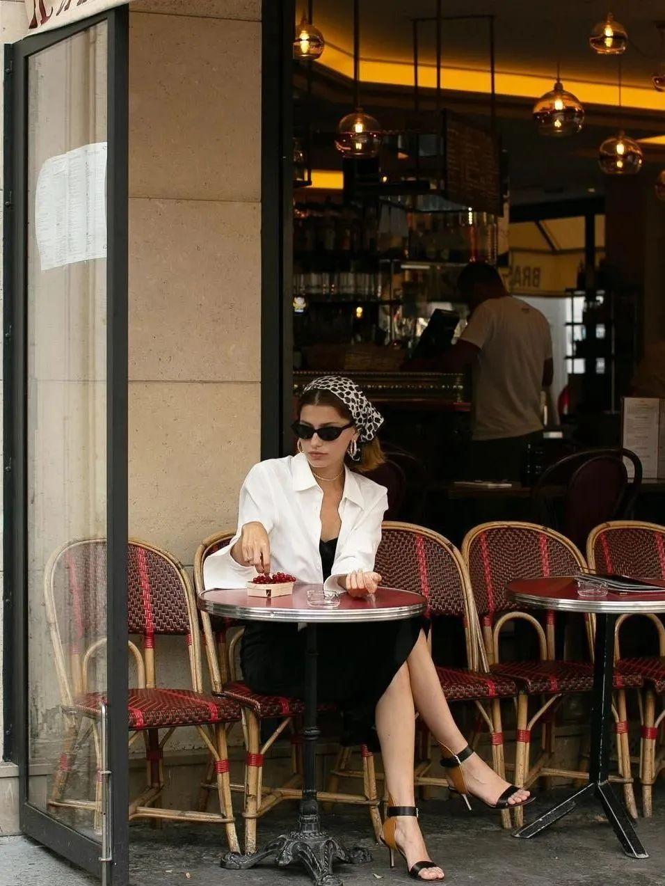 Sơ mi trắng – item kinh điển nhưng muốn mặc đẹp thì không phải nàng công sở nào cũng biết - Ảnh 10.