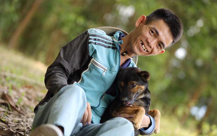 """Ytiet - chàng trai chăn bò người Việt được thế giới quan tâm, khoe """"phòng tắm, nhà vệ sinh"""" mới xây sau khi nổi tiếng và kiếm được tiền - Ảnh 1."""