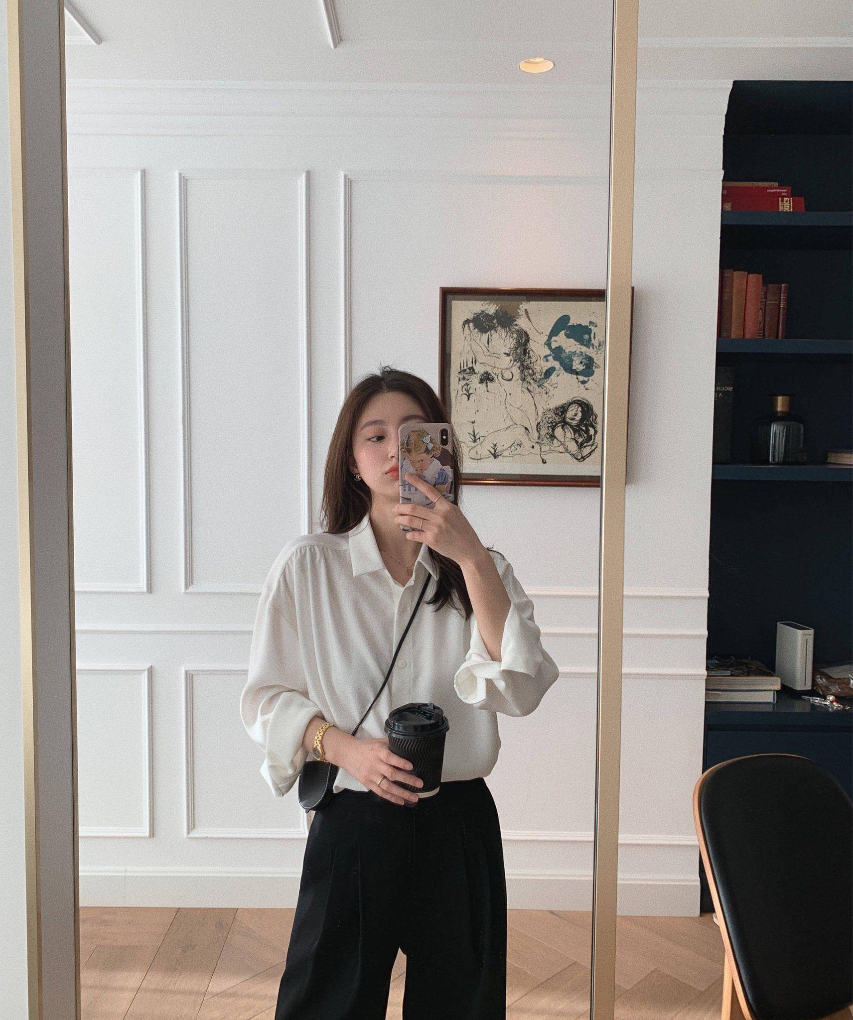 Sơ mi trắng – item kinh điển nhưng muốn mặc đẹp thì không phải nàng công sở nào cũng biết - Ảnh 2.