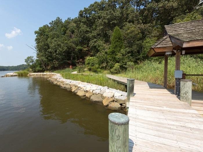 """Căn nhà giữa rừng bị bỏ hoang cả thập kỷ biến thành dinh thự 25 triệu đô nhờ """"bàn tay phù thủy"""" của doanh nhân ngành thủy sản - Ảnh 17."""