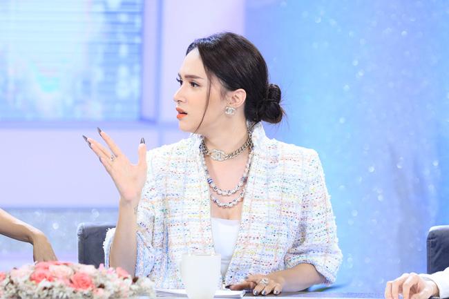 Làn sóng tẩy chay Hương Giang ngày dữ dội, khán giả tấn công chương trình có nàng Hậu đòi thay người nếu không sẽ nghỉ xem - Ảnh 2.