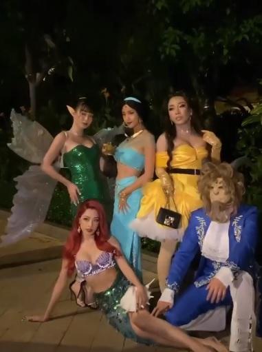 Sao Việt hóa trang Halloween: Chi Pu hở bạo, nhưng độ gợi cảm lại thua xa Huyền Baby khi cùng tạo hình nhân vật nàng tiên cá  - Ảnh 5.