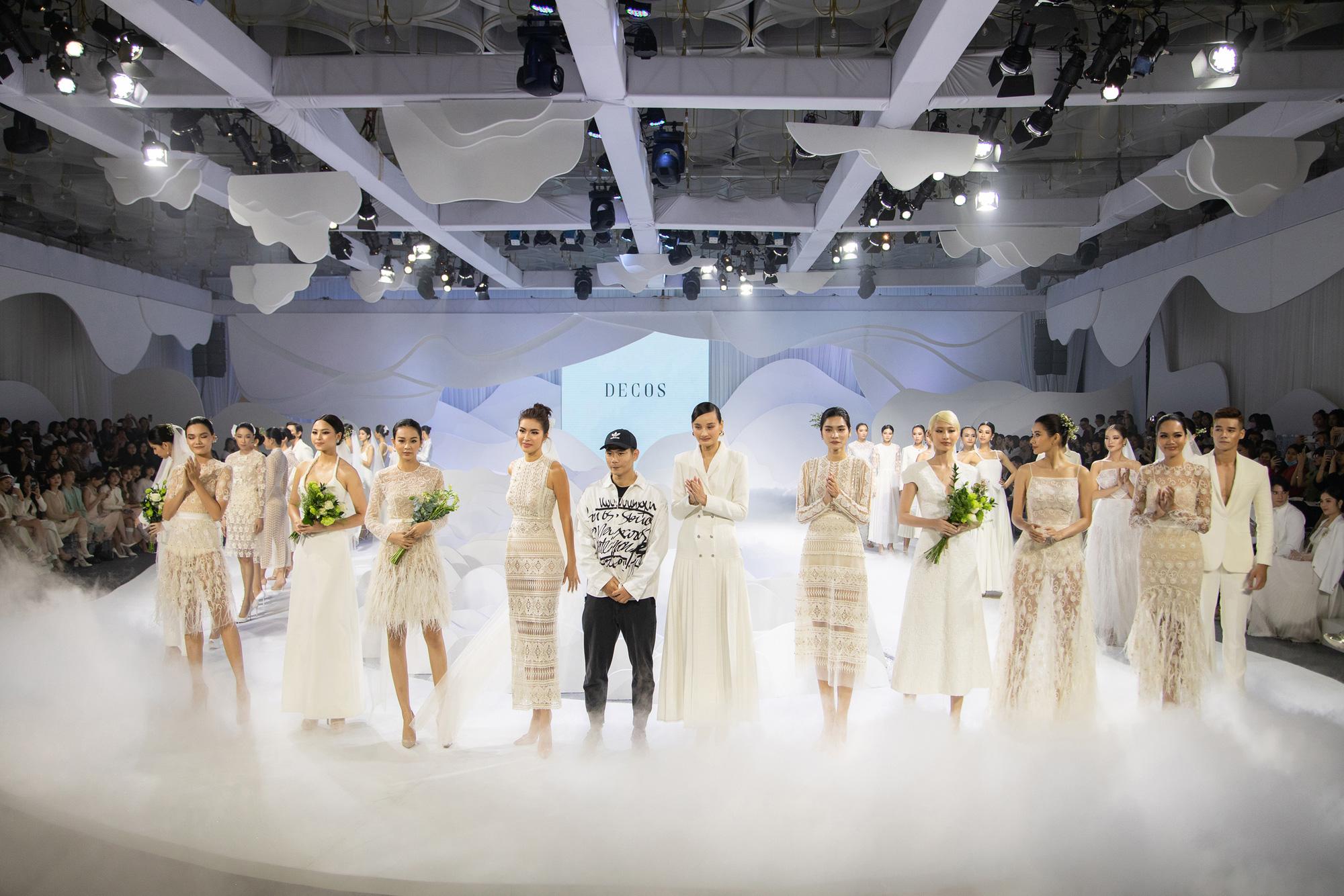 """Show váy cưới của NTK Nguyễn Phương Đông: Lê Thuý làm first face, Minh Tú đắt show tiếp tục """"vào vai"""" vedette - Ảnh 3."""