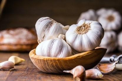 9 loại thực phẩm chẳng khác nào kháng sinh tự nhiên tăng cường hệ miễn dịch và giữ ấm cơ thể vào mùa đông - Ảnh 1.