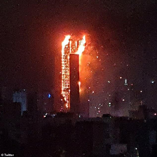 Hàn Quốc: Cháy lớn tại khu phức hợp 30 tầng ở Ulsan, hàng trăm người sơ tán, chưa rõ thương vong - Ảnh 3.