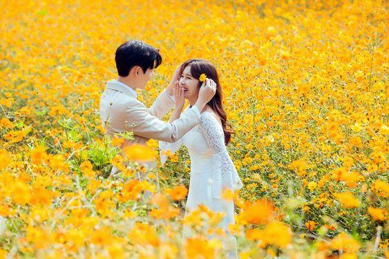 4 cung Hoàng đạo được sao đào hoa chiếu cố trong tháng 10 này, chuyện tình cảm trở nên lãng mạn và thăng hoa bất ngờ - Ảnh 2.
