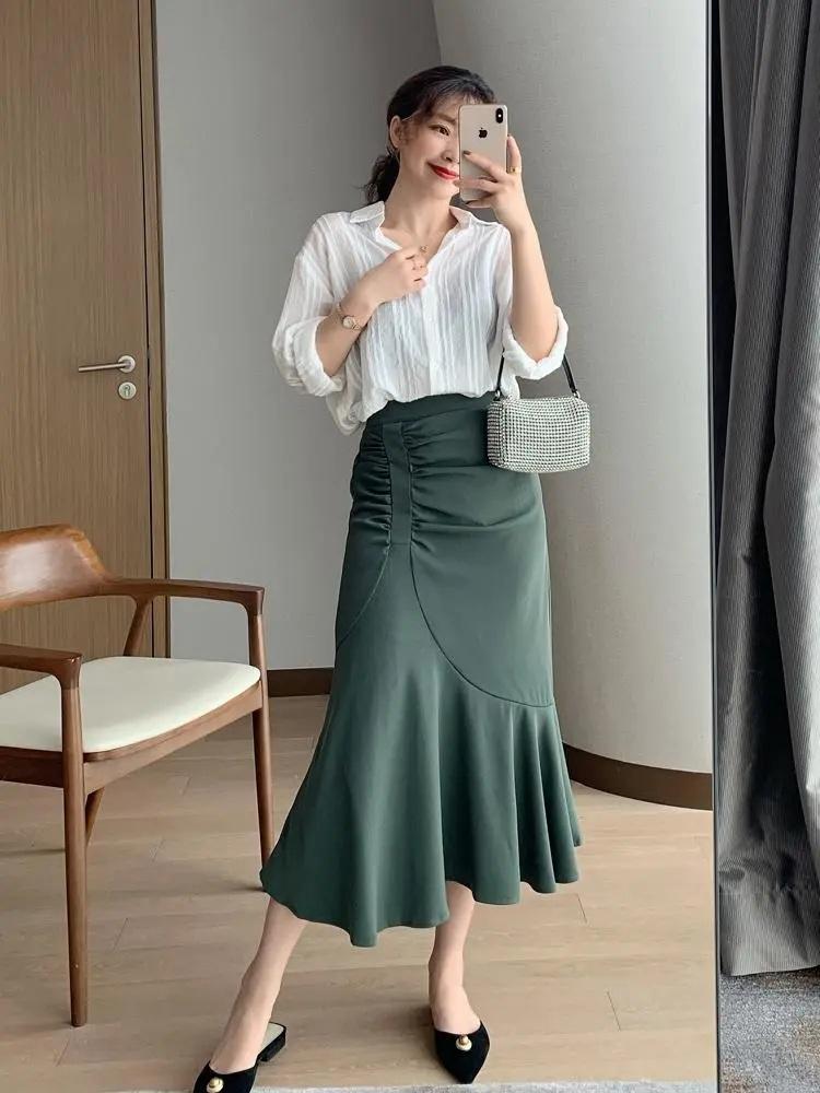 Nàng blogger lên đồ mặc đẹp cả tuần tới công sở mà không cần suy nghĩ nhờ cách mix với toàn item cơ bản - Ảnh 4.