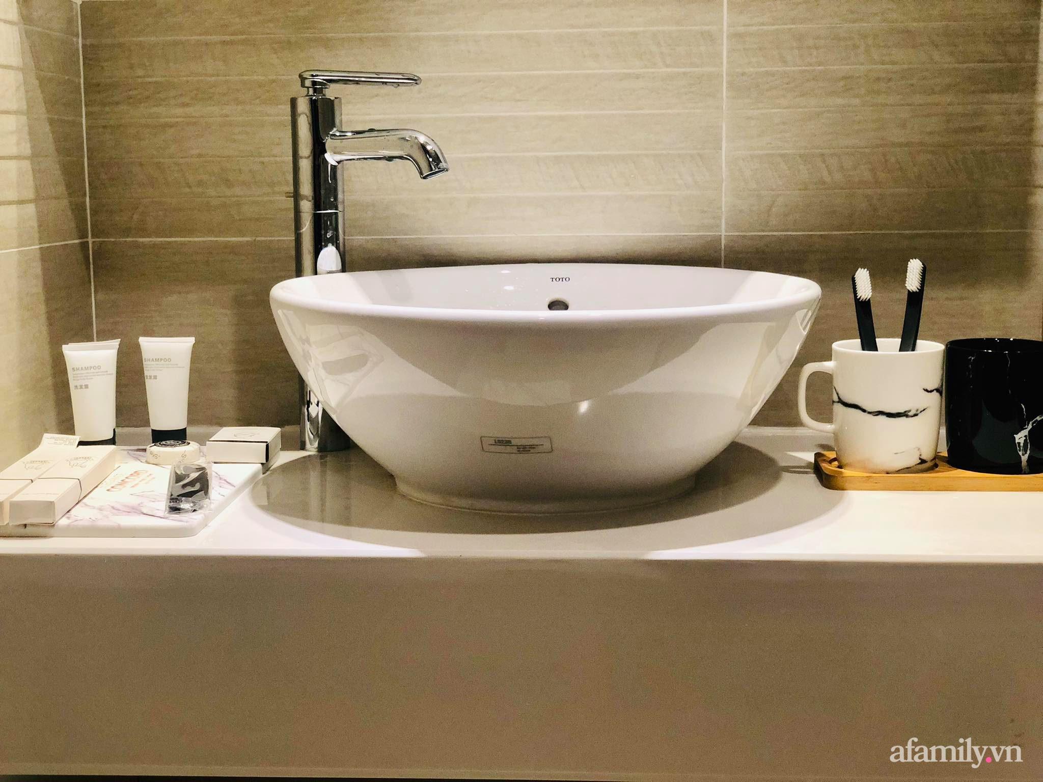 Căn hộ 28m² đẹp từng centimet với cách lựa chọn nội thất thông minh, hiện đại có chi phí hoàn thiện 100 triệu đồng ở Hà Nội - Ảnh 17.