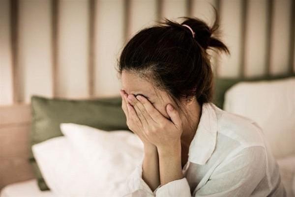 Mới sảy thai được 2 ngày nhưng người vợ vẫn kiên quyết ly hôn, nguyên nhân dẫn đến vụ việc lúc 12h đêm và cốc nước nóng - Ảnh 2.