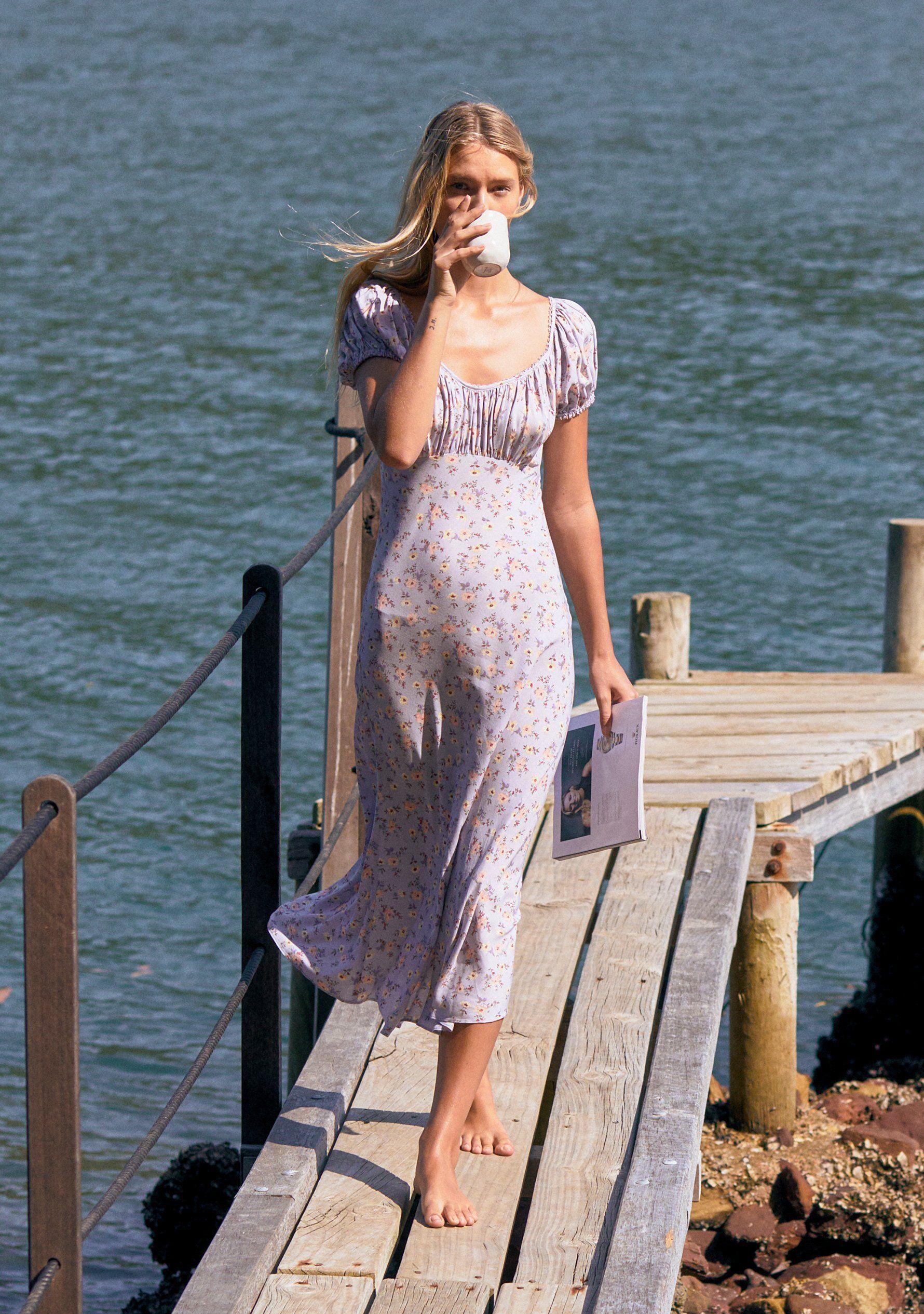 """4 kiểu váy mà phụ nữ Pháp yêu thích nhất, diện lên vừa """"thơ"""" lại vừa sang - Ảnh 4."""