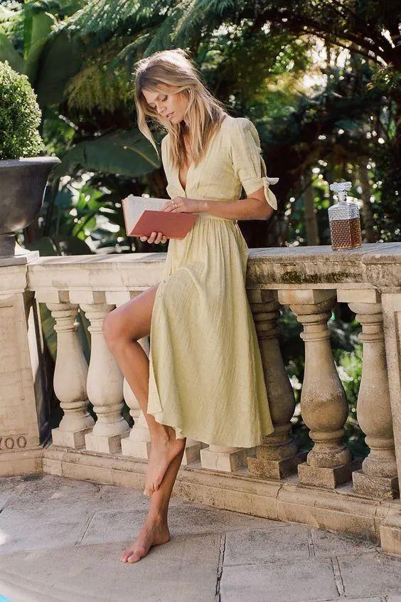 """4 kiểu váy mà phụ nữ Pháp yêu thích nhất, diện lên vừa """"thơ"""" lại vừa sang - Ảnh 9."""