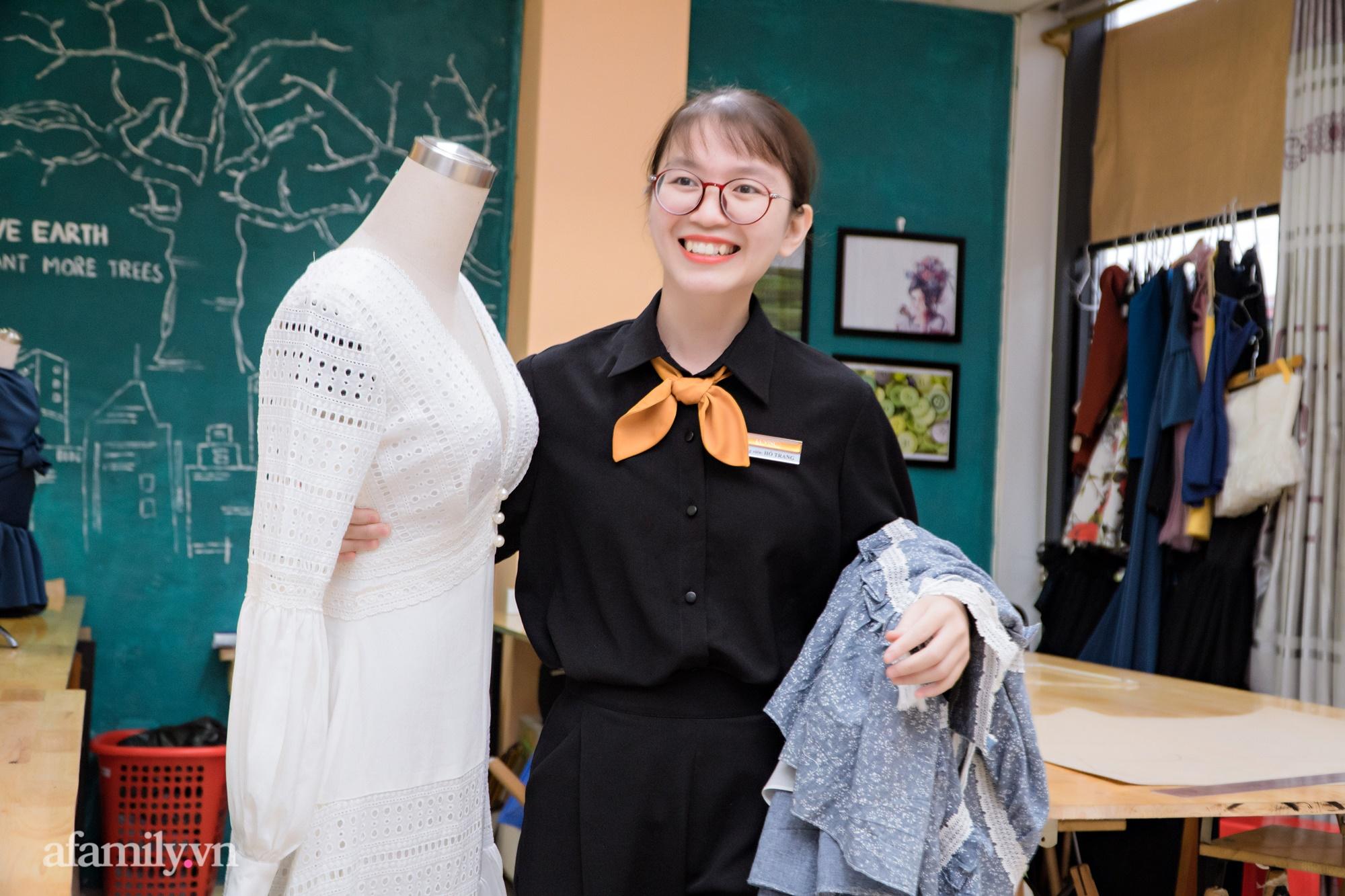 """""""Mục sở thị"""" lớp học cắt may thời trang ứng dụng: Thú vui mới điểm tô cho cuộc sống bận rộn của những quý cô thị thành - Ảnh 4."""