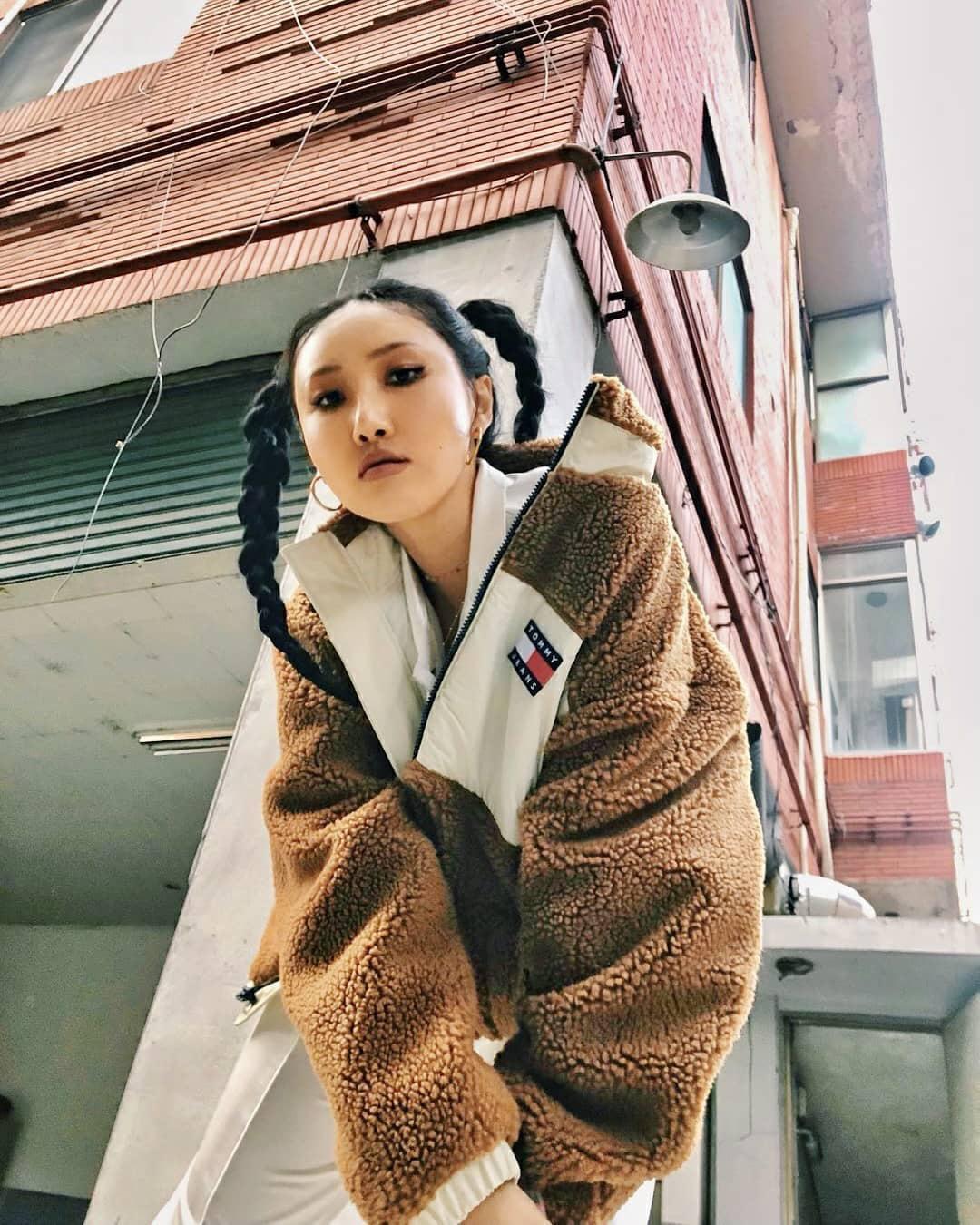 Sao Hàn đang lăng xê mẫu áo khoác lông cừu, mặc vào là tự tin chiến với mùa lạnh này luôn - Ảnh 7.