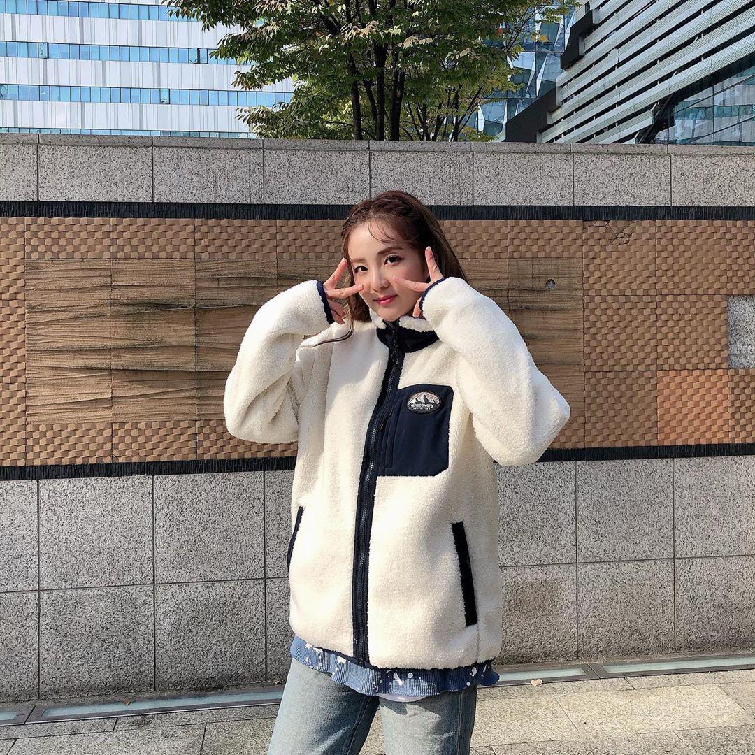 Sao Hàn đang lăng xê mẫu áo khoác lông cừu, mặc vào là tự tin chiến với mùa lạnh này luôn - Ảnh 5.