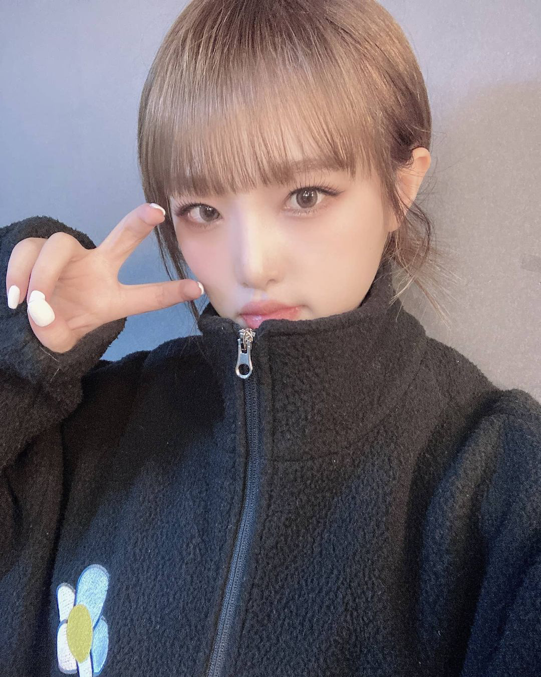 Sao Hàn đang lăng xê mẫu áo khoác lông cừu, mặc vào là tự tin chiến với mùa lạnh này luôn - Ảnh 4.
