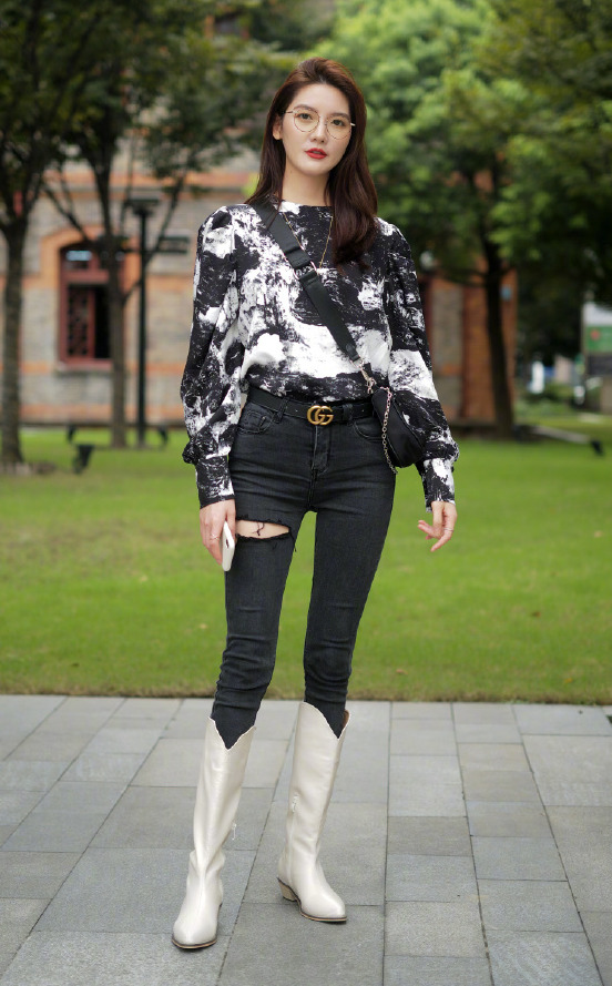 """Mix & Phối - Chinh phục kiểu boots da sang chảnh nhất mùa lạnh bằng 5 tips đơn giản: Cách diện đẹp không còn """"khoai"""" như bạn tưởng - chanvaydep.net 6"""