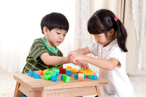 5 điều từ trước tới nay bố mẹ tưởng làm hại con nhưng thực ra lại tốt cho sự phát triển của trẻ - Ảnh 3.