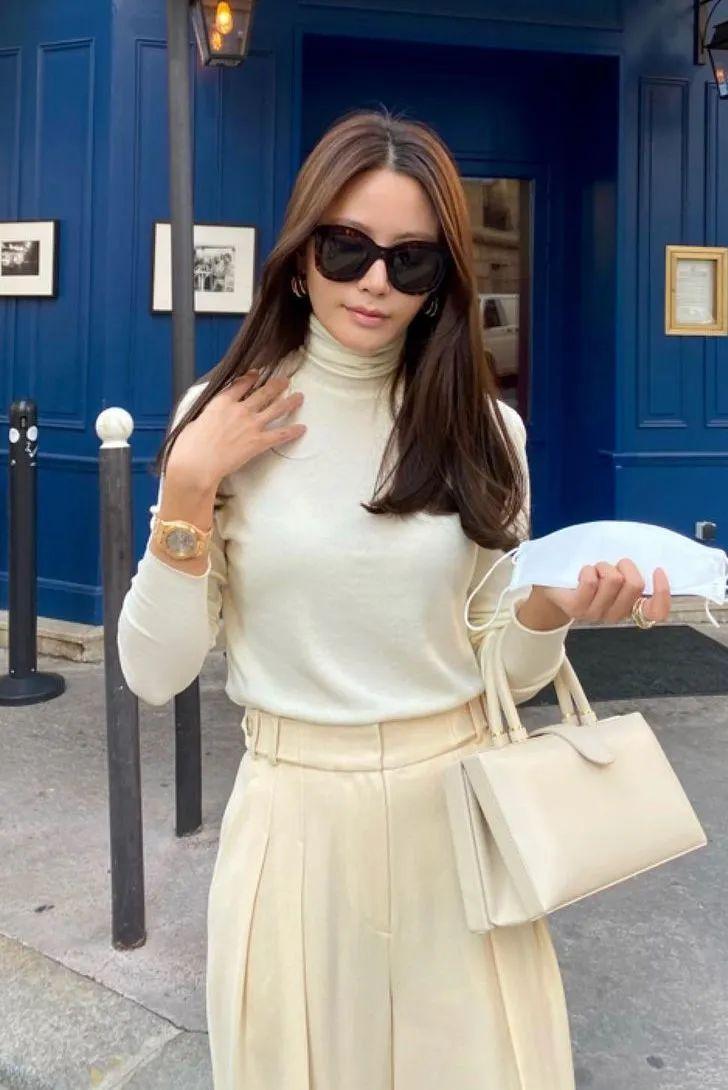 Cô nàng sành điệu nào cũng diện kiểu áo này vào mùa lạnh, bạn mà bỏ qua thì thật có lỗi với style của bản thân - Ảnh 1.