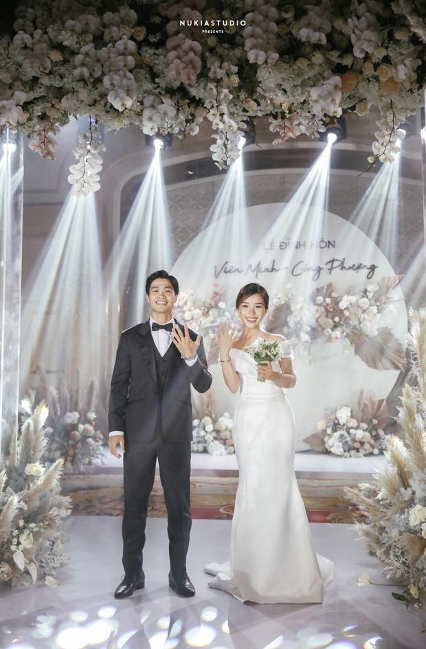 Đám rước dâu Công Phượng - Viên Minh: Cô dâu cực xinh, tay nắm chặt chú rể, dàn phù rể cầu thủ nô nức chuẩn bị tráp - Ảnh 16.