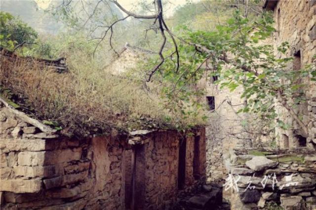 Ngôi làng ma ám đáng sợ nhất Trung Quốc: Không ai đủ can đảm quay lại lần thứ 2 và bí ẩn về chiếc ghế Thái sư bị dính lời nguyền - Ảnh 5.
