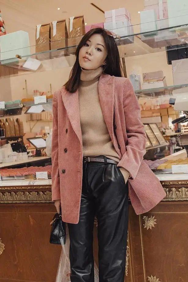 Cô nàng sành điệu nào cũng diện kiểu áo này vào mùa lạnh, bạn mà bỏ qua thì thật có lỗi với style của bản thân - Ảnh 7.