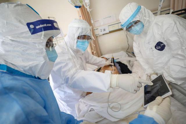 Hà Nội: Một nam bệnh nhân xét nghiệm dương tính với SARS-CoV-2 - Ảnh 1.