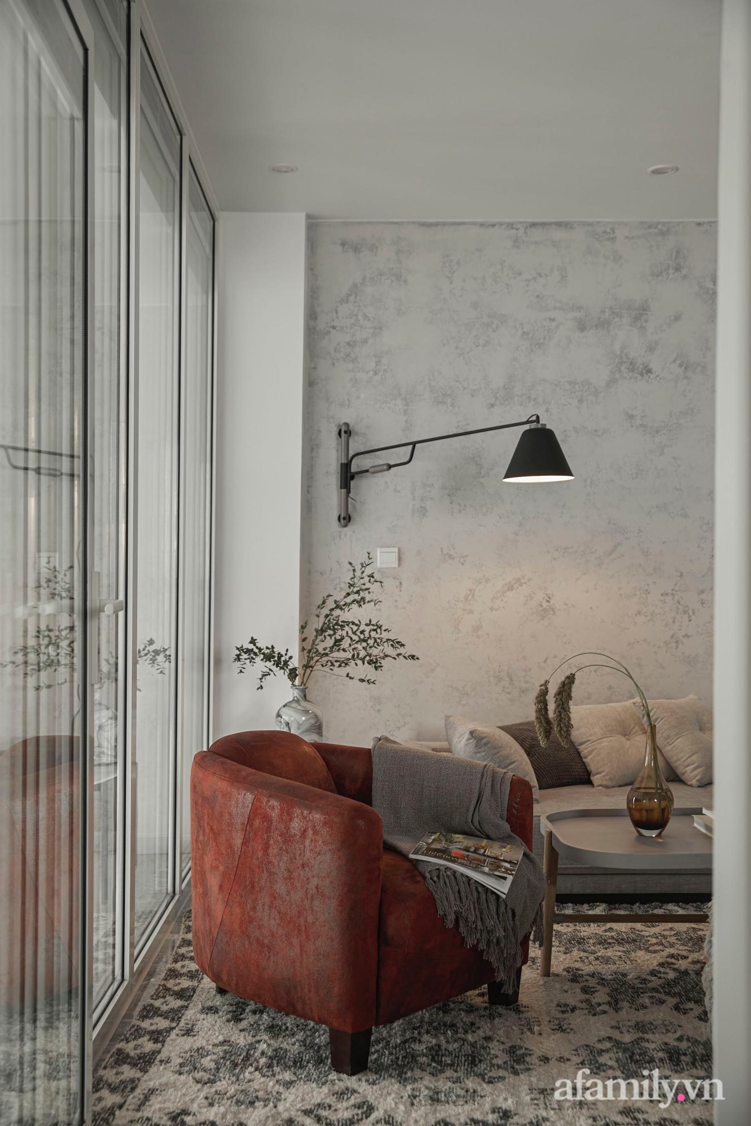 Căn hộ 2 tầng rộng 145m² đẹp sang trọng với điểm nhấn mộc mạc từ chất liệu bê tông ở Sài Gòn - Ảnh 17.