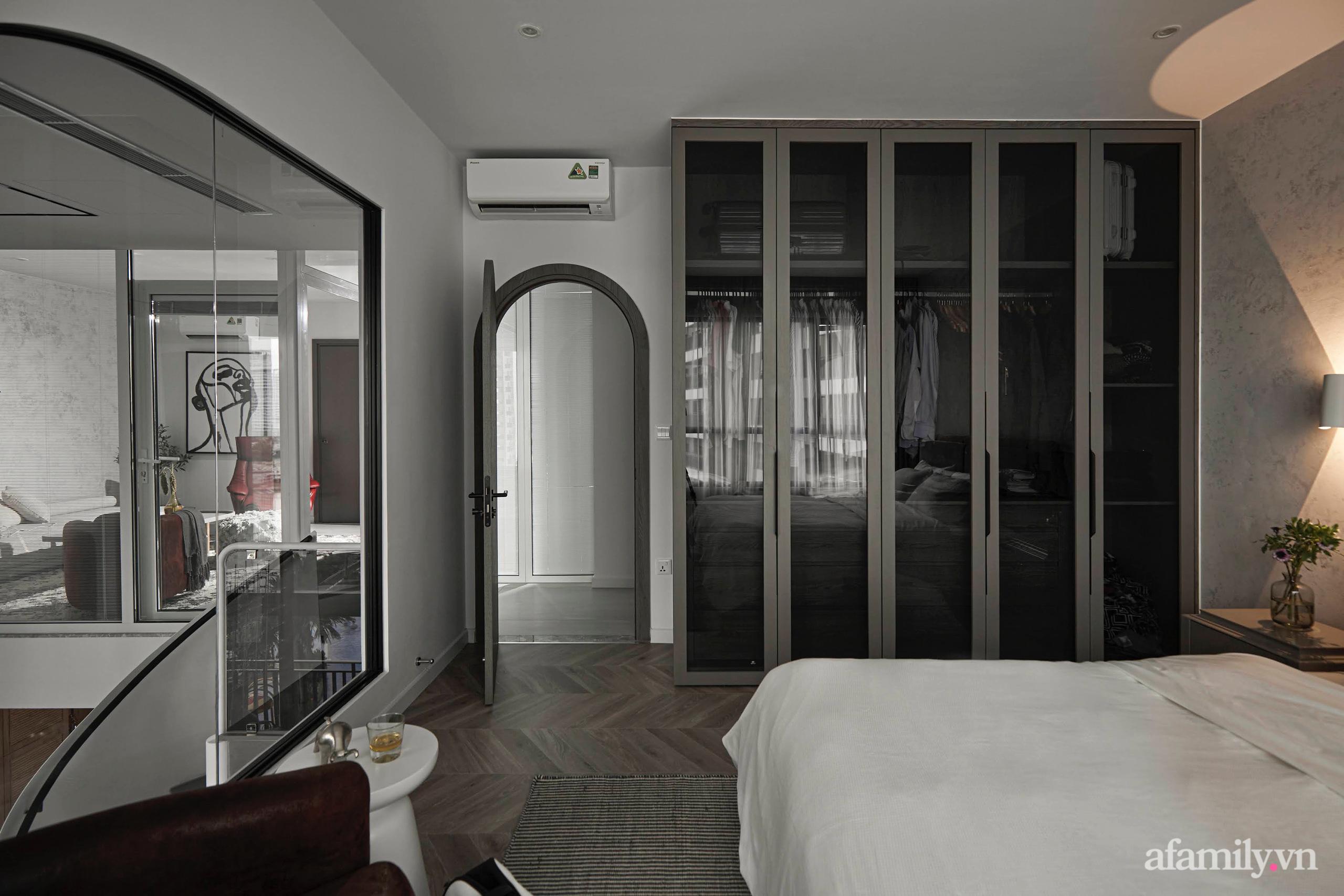 Căn hộ 2 tầng rộng 145m² đẹp sang trọng với điểm nhấn mộc mạc từ chất liệu bê tông ở Sài Gòn - Ảnh 13.