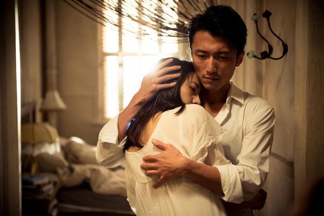 Ly hôn 6 năm, chồng cũ choáng váng khi gặp lại cô gái giống vợ cũ, biết bí mật mà cô giấu, anh khóc thầm và ân hận cả đời - Ảnh 1.