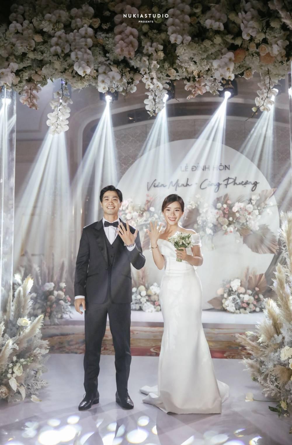 Ngày vui của Công Phượng và Viễn Minh xuất hiện trên hàng loạt tờ báo Trung Quốc, được ca tụng là cặp trai tài gái sắc - Ảnh 5.